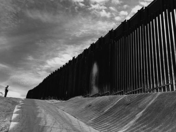 A photo of the bollard fencing along the US - Mexico Border